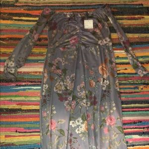 Dresses & Skirts - Boutique Bardot style Floral dress